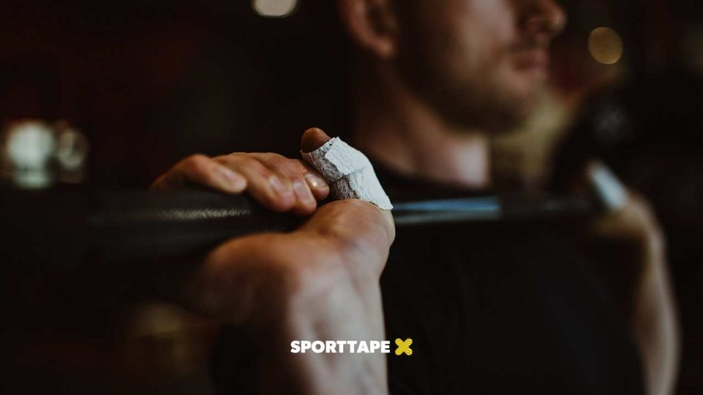 HOW TO TAPE YOUT THUMB FOR CROSSFIT